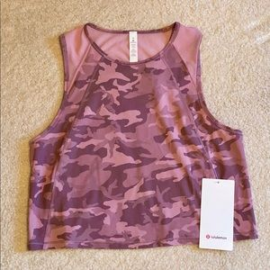 NWT Lululemon Cropped Pink Camo Sculpt Tank 6
